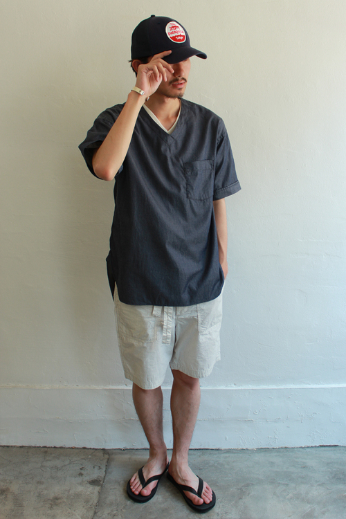 V_Neck_Shirt_2.jpg