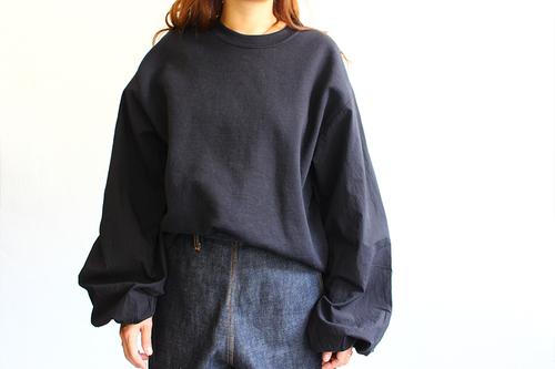 ShirtSweat_1.jpg