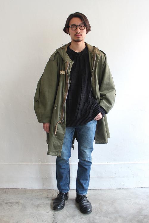 O_Loose_Sweater_1.jpg